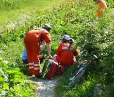 33-ekipa-hitne-pomoci-u-akciji