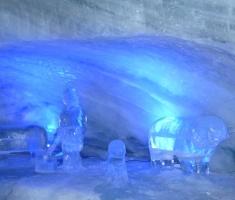 40-muzej-ledenih-skulptura